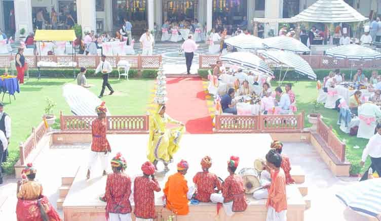 Planning Reception For Weddingwedding Reception At Raj Palace