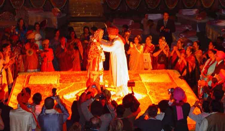 Catering For Royal Wedding India At Raj Palace Jaipur Rajasthan